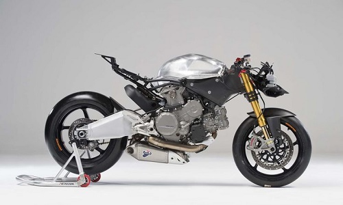 Raview Ducati Panigalle 899
