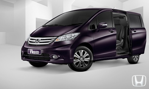 Review Honda Freed