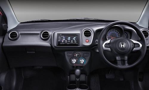 Review Honda Mobilio RS