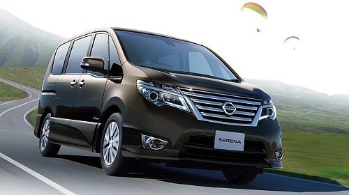 Review Nissan Serena