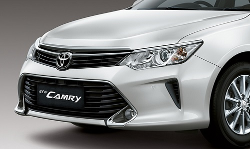 Review Toyota Campry
