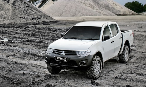 Spesifikasi dan Harga Mitsubishi Strada Triton