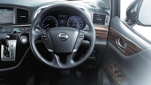 Interior Nissan Elgrand