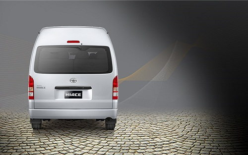 Review Toyota Hiace
