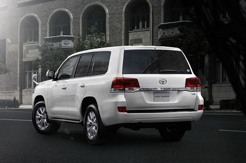 Review Toyota Land Cruiser