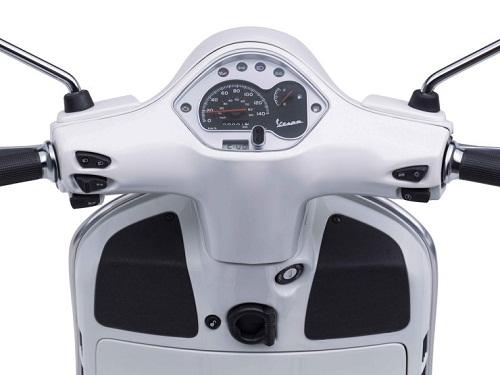 Desain Vespa GTS Super 150