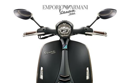 Review Vespa 946