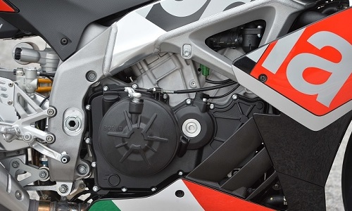 Struktur dan Mesin Motor Aprilia RSV4 RF