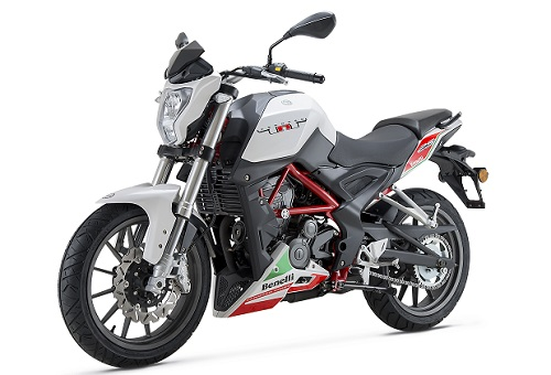 Review Motor Benelli TNT 25