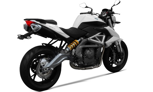 Review Motor Benelli BN 600
