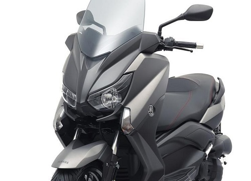 harga yamaha xmax 125 dan spesifikasi terbaru 2019 otomaniac. Black Bedroom Furniture Sets. Home Design Ideas