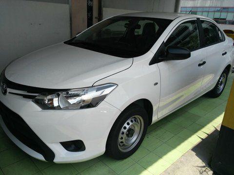 Spesifikasi dan Harga Toyota Limo