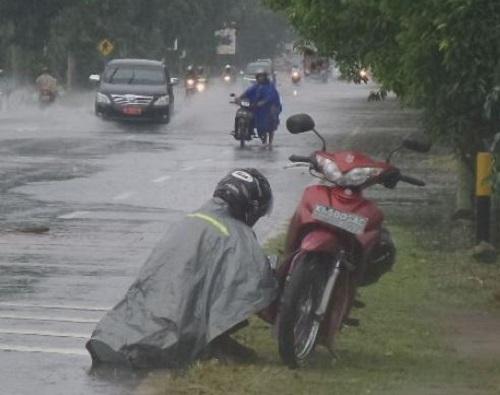 Motor Mogok Karena Banjir