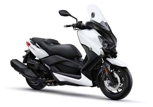 Review Yamaha X-Max 400