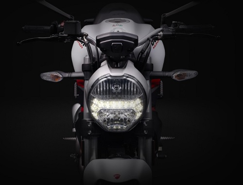 Fitur Ducati Monster 797