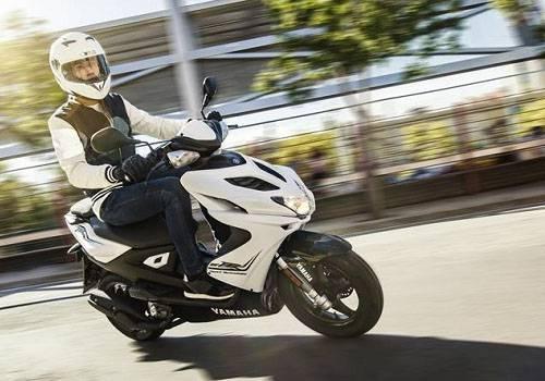 Spesifikasi dan Harga Yamaha Aerox R