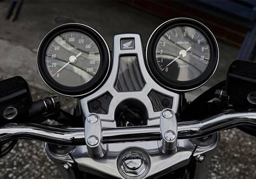 Fitur Honda CB1100 RS