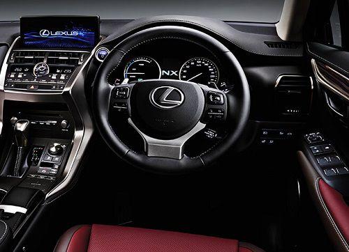 Interior Lexus NX 300