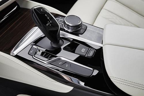 Desain Interior BMW 530i