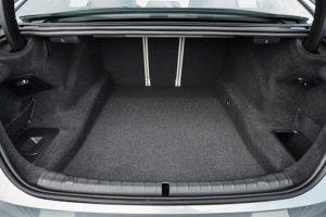 Fitur Unggulan BMW 503i