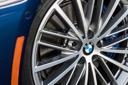 Kaki-Kaki BMW 530i