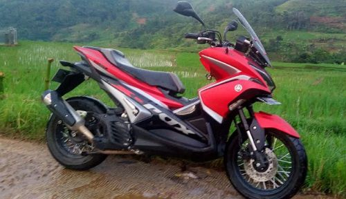 Modifikasi Yamaha Aerox Touring