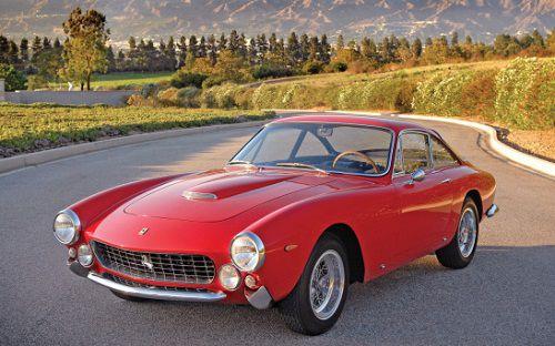 Ferrari GTS Lusso