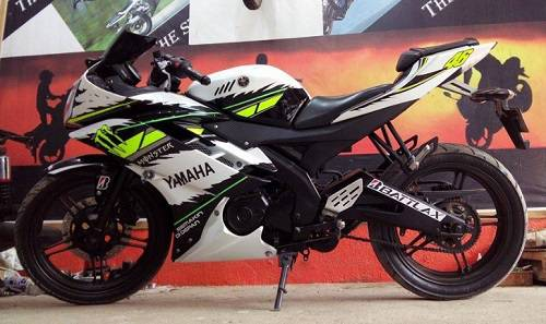 Modifikasi Stiker Yamaha R15