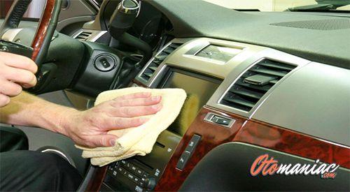 Cara Menghilangkan Kecoa Di Mobil Bersihkan Mobil