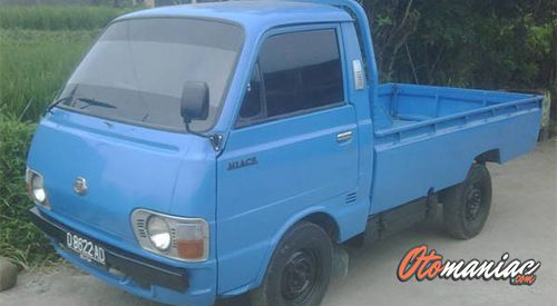 Pick Up Toyota HiAce (1982)