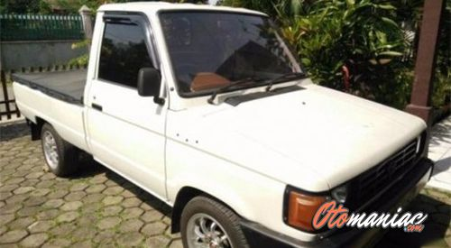 Pick Up Toyota Kijang Super (1991)