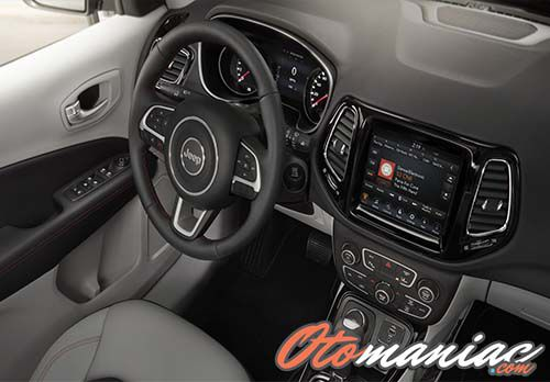 Interior Jeep All New Compas