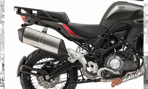 Review Benelli TRK 502X