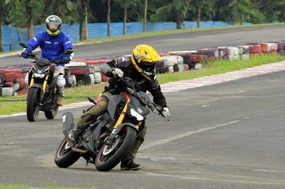 gilamotor-TOP 1 MC, Oli Terbaik Motor Yamaha Xabre