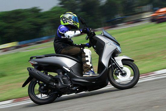 Oli Yamaha Lexi Terbaik