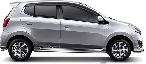New Daihatsu Ayla Sliver Metalic